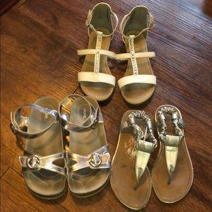🌸Bundle of girls sandals size 13🌸